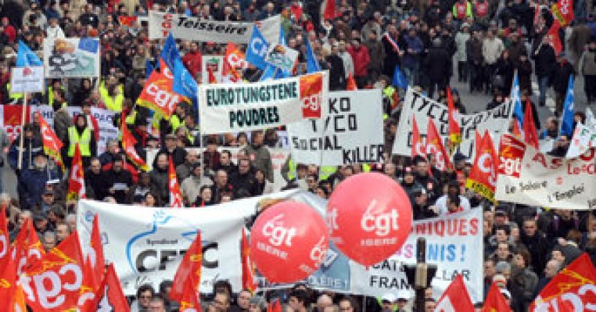 Milers de manifestants a Perpinyà en la vaga contra la política econòmica de Sarkozy
