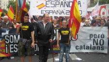Roberto (centre) és president d'España 2000 i propietari de Levantina