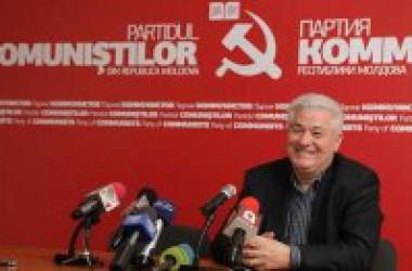 Els comunistes moldaus revaliden la majoria absoluta