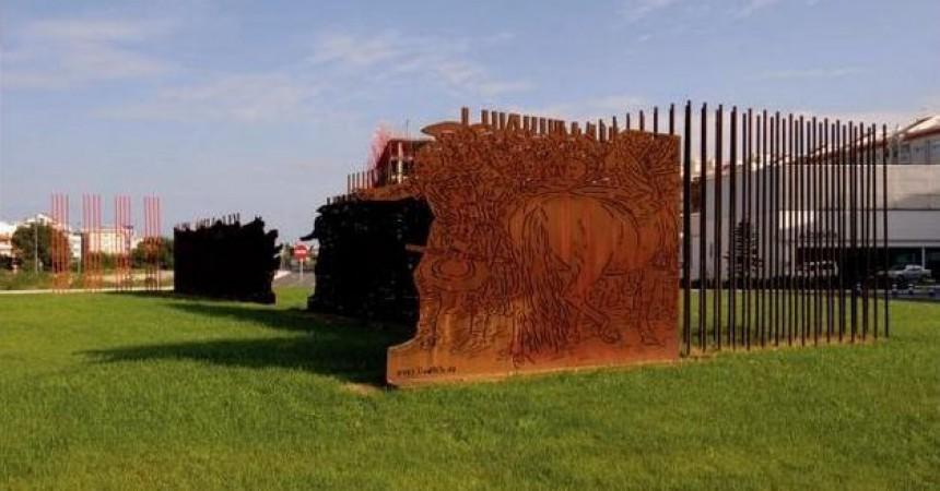 """L'escultura """"25 d'abril. 1707"""" de Gandia serà retirada"""