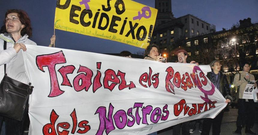L'esquerra independentista enceta una campanya pel dret al propi cos per fer front a la reforma de la llei de l'avortament