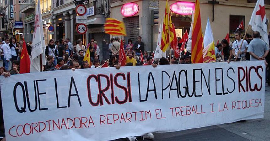 A Castelló 600 persones es manifesten per repartir el treball i la riquesa