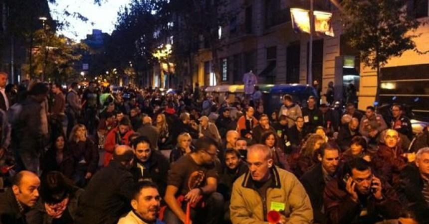 Manifestacions i protestes en una jornada de lluita que va notar la vaga en els transports