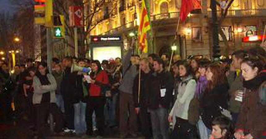 Càrregues dels Mossos d'Esquadra contra el 8 de març a Barcelona