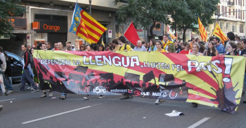 Milers de persones es manifesten a València pels drets nacionals i socials