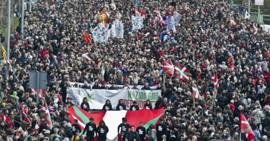 Alguns interrogants en el massiu Aberri Eguna convocat per Independentistak