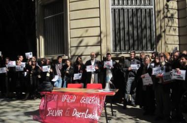 Advocats presenten un manifest contra la reforma laboral i a favor de la vaga