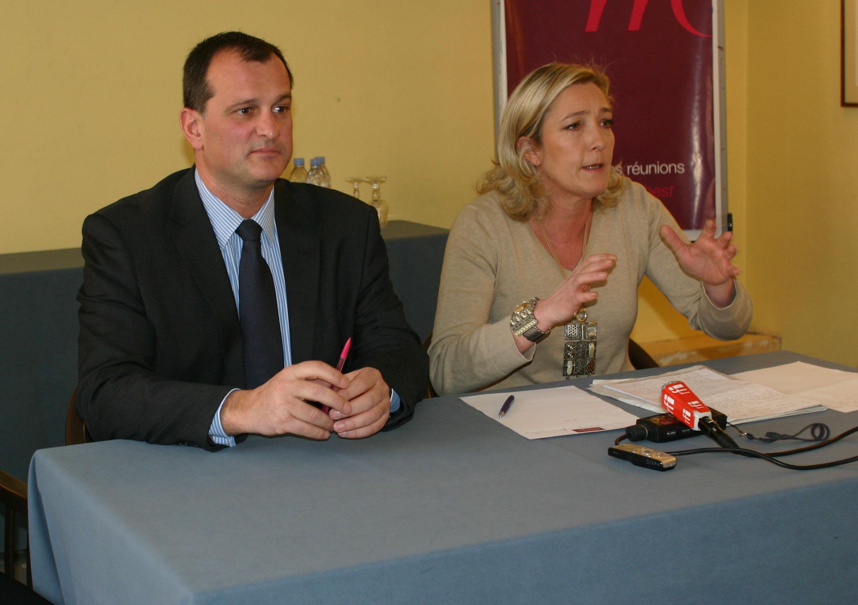 Aillot Maire i marine Le Pen
