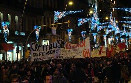 Aspecte d'un tros de la manifestació contra la crisi del darrer 29 de novembre a Barcelona