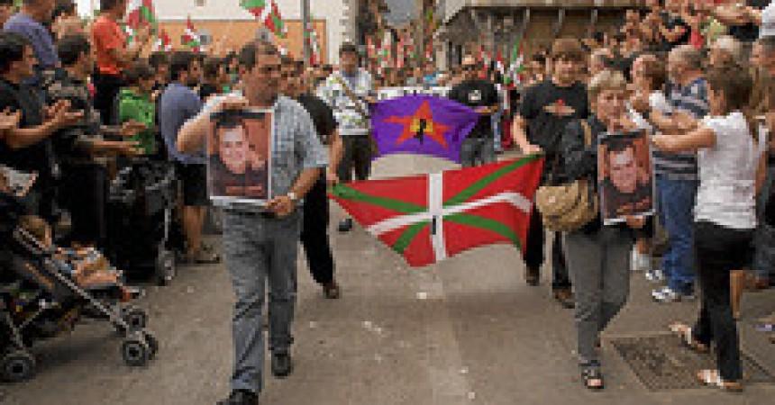 Campanya d'estiu del PSOE contra les llibertats al País Basc
