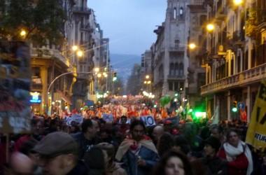 Clam d'indignació al carrer contra les retallades i la dictadura financera el #28G