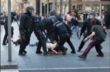 3 vaguistes en presó provisional i 5 amb fiança a Barcelona