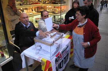 La consulta per la independència s'avança a la Barceloneta i arriba al 20,2% de participació