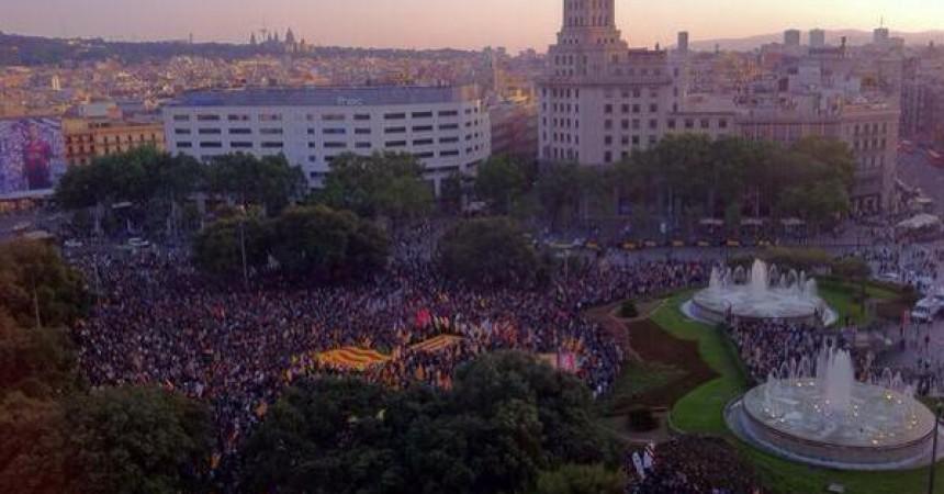 Els Països Catalans clamen contra la monarquia espanyola