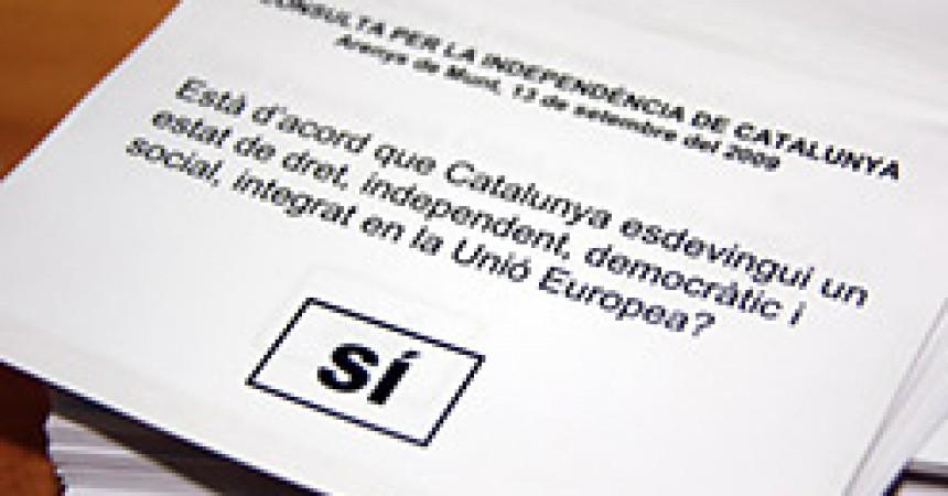 """L'Estat espanyol, Ciutadans i Falange intenten aturar un referèndum sobre la """"independència de Catalunya"""""""