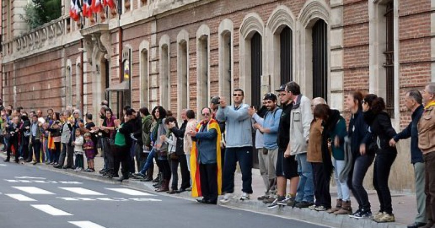 La Diada de Catalunya Nord assenyala la manca de compromís de les institucions amb el català