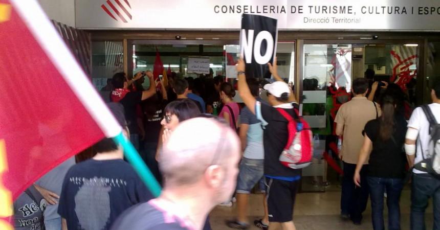 Ocupació de la Conselleria d'Educació d'Alacant durant les protestes contra les retallades