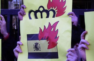 Porten a judici un militant independentista d'Alacant per injúries a la corona
