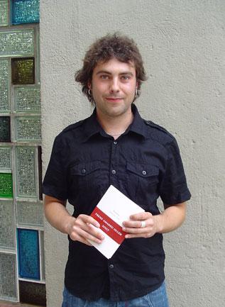 David Caño, amb l'anterior llibre premiat