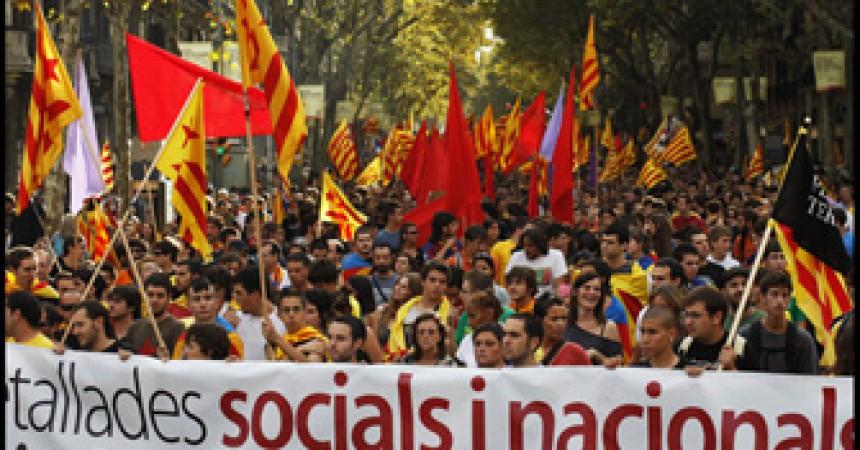 7.000 manifestants a Barcelona demostren la solidesa de l'Esquerra Independentista durant la Diada