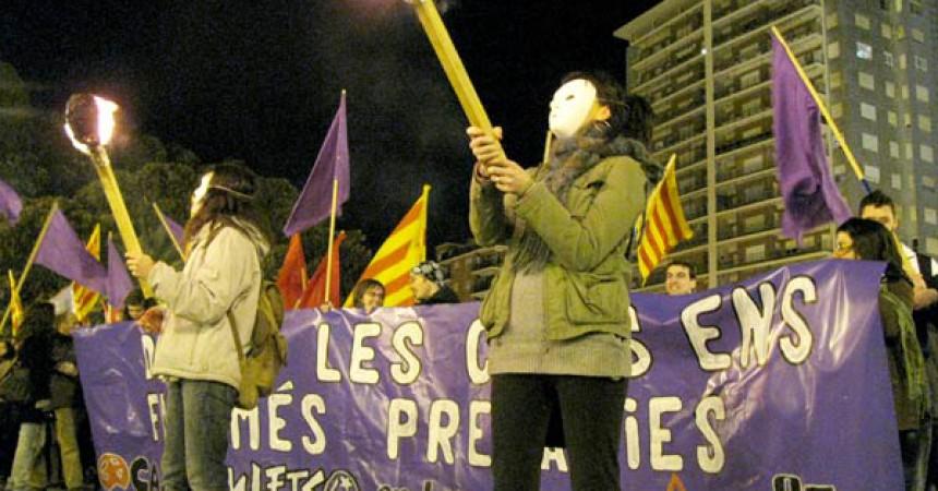 """L'EI es manifesta a Tarragona, València i Barcelona sota el lema """"Dones, la crisi ens fa més precàries"""""""
