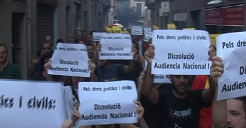 Tarda de violència policial al barri de Gràcia de Barcelona
