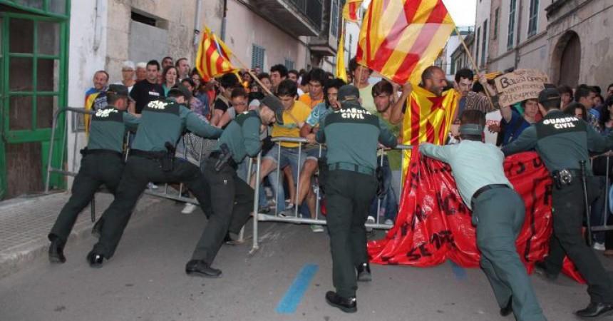 La primavera mallorquina obre una ràtzia contra els moviments socials