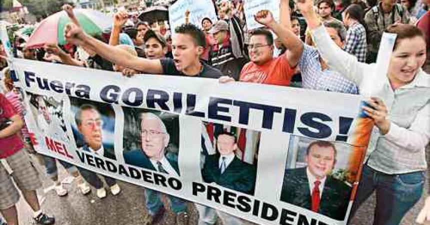 Els colpistes hondurenys retenen el poder mentre occident adopta un paper ambigu