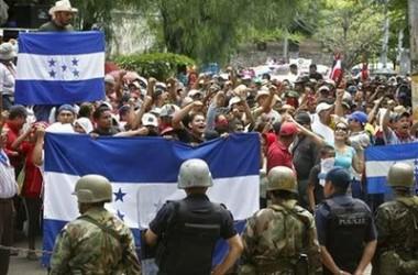 Només un terç de l'electorat hauria acudit a les urnes a Hondures