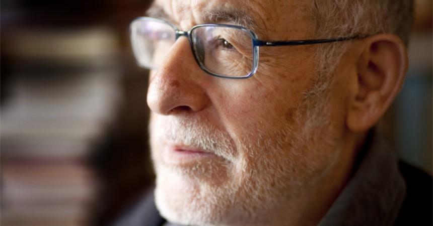 El lingüista Joan Solà s'acomiada