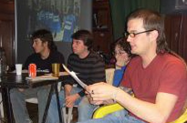 Les II Jornades de lluita ebrenca reuneixen més de 100 persones a Can Vies