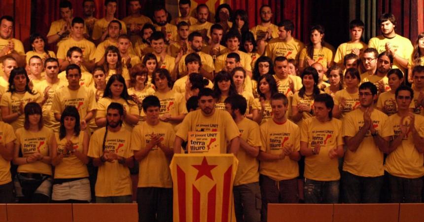 El jovent de l'esquerra independentista demostra volutat unitària a la Declaració de Reus