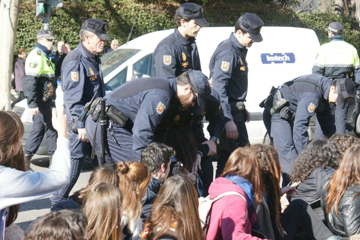 lluisvives_policia5