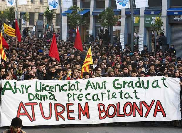 mani contra l'EEES a València