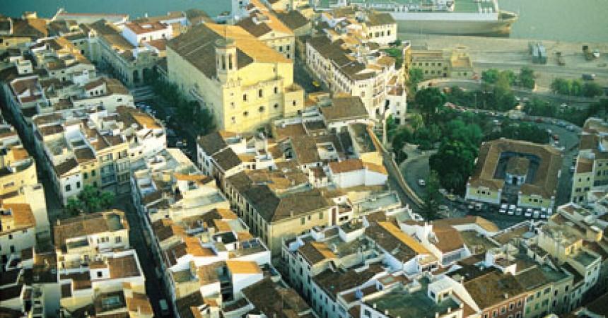 Palma i Maó, dos topònims sota l'amenaça del PP
