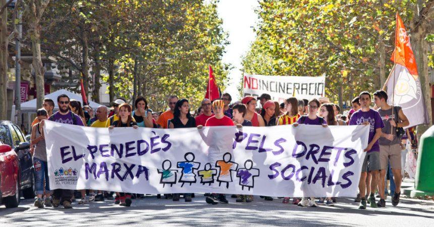 Més de mil persones marxen pels drets socials al Penedès