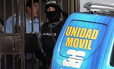 Policies hodurrenys clausurant el Canal 36 de televisió