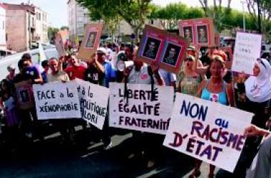 Protestes arreu del país per la persecució dels gitanos a l'estat francès