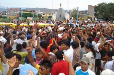 La mobilització  dels pobles originaris del Perú  frena la privatització dels recursos de l'Amazònia