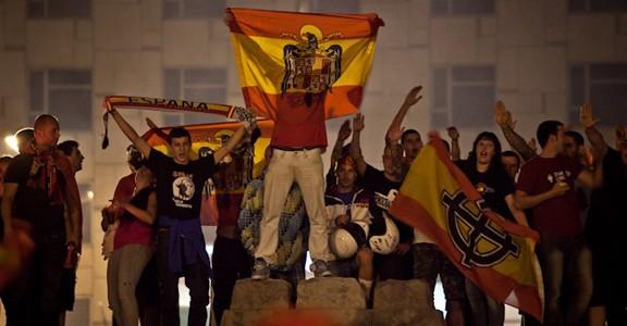 plaça espanya eurocopa feixistes