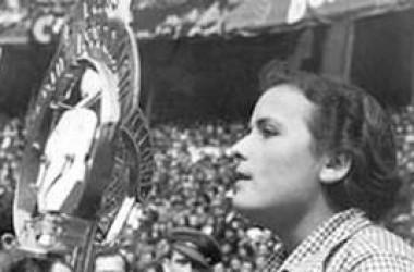 La capitana Teresa Pàmies s'acomiada