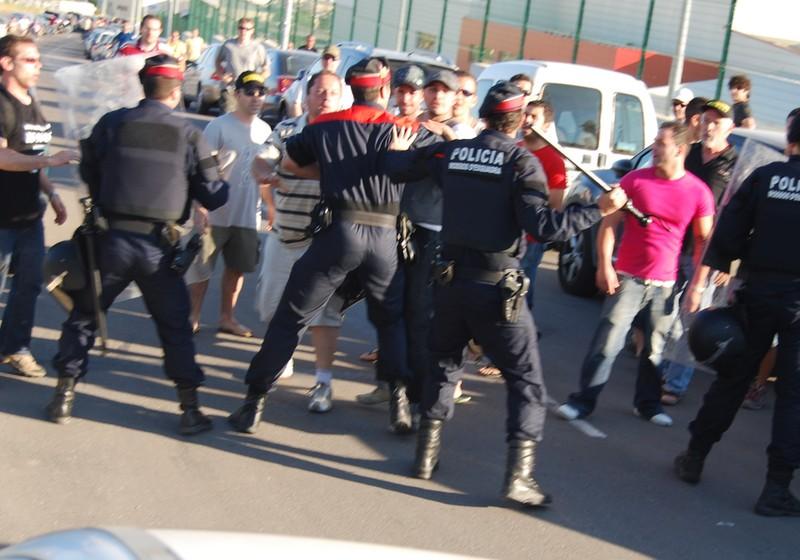 Càrrega dels Mossos contra els treballadors de Prysman. Foto: El Punt