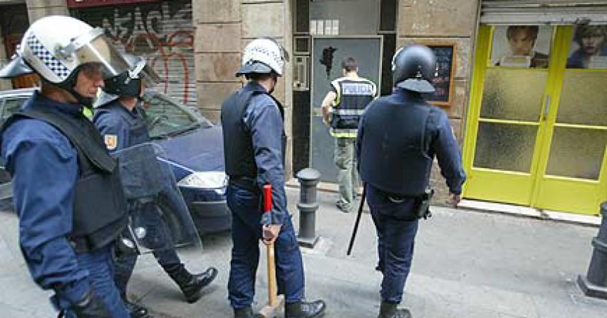 Setge a la prostitució i la immigració a Barcelona