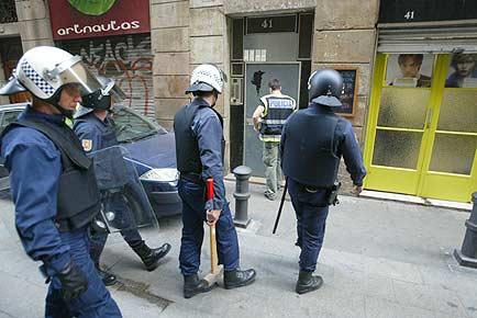 Batuda policial contra la prostitució del Raval fa uns mesos