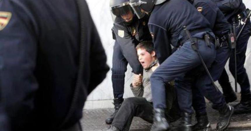 Comencen a arribar notificacions de sanció a les persones identificades durant la Primavera Valenciana