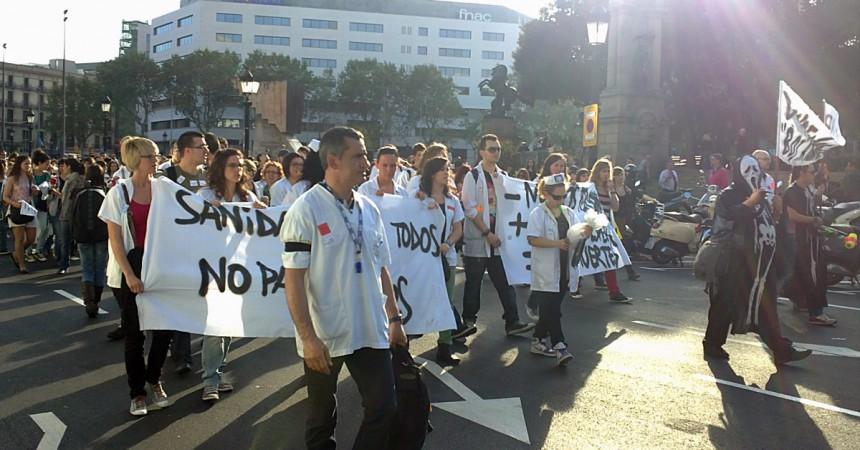 Les mobilitzacions dels treballadors de sanitat sacsegen Barcelona