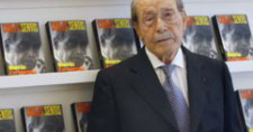 Més de 50 col·legiats signen la carta contra la medalla al periodista franquista Carlos Sentís