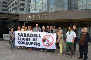 Sabadell Lliure de Corrupció, peti qui peti