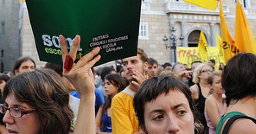 La nova estratègia contra el català al Principat: incentivar econòmicament les denúncies contra la immersió lingüística