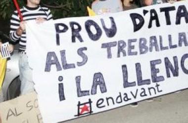 Protesta independentista davant la proclamació de Camps com a candidat a presidir la Generalitat